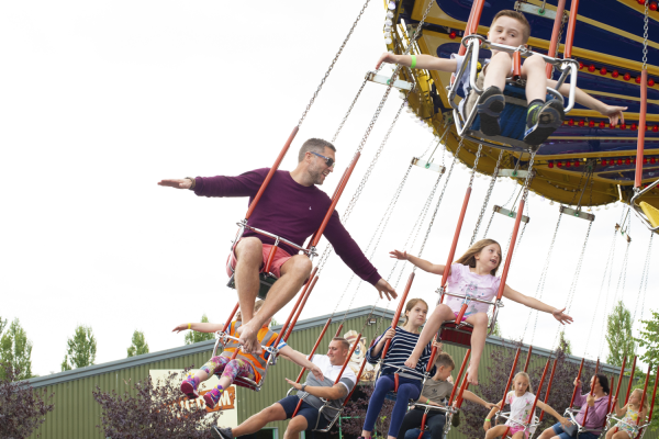 Flying Machine ride at Crealy Theme Park